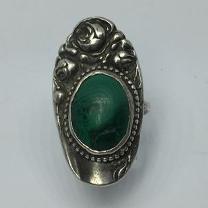 Vintage Sterling Repousse Malachite Statement Ring